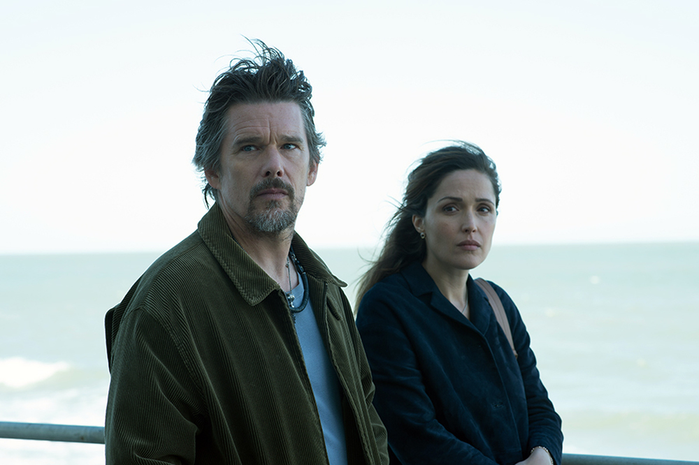 Juliet Naked movie starring Rose Byrne, Ethan Hawke, and