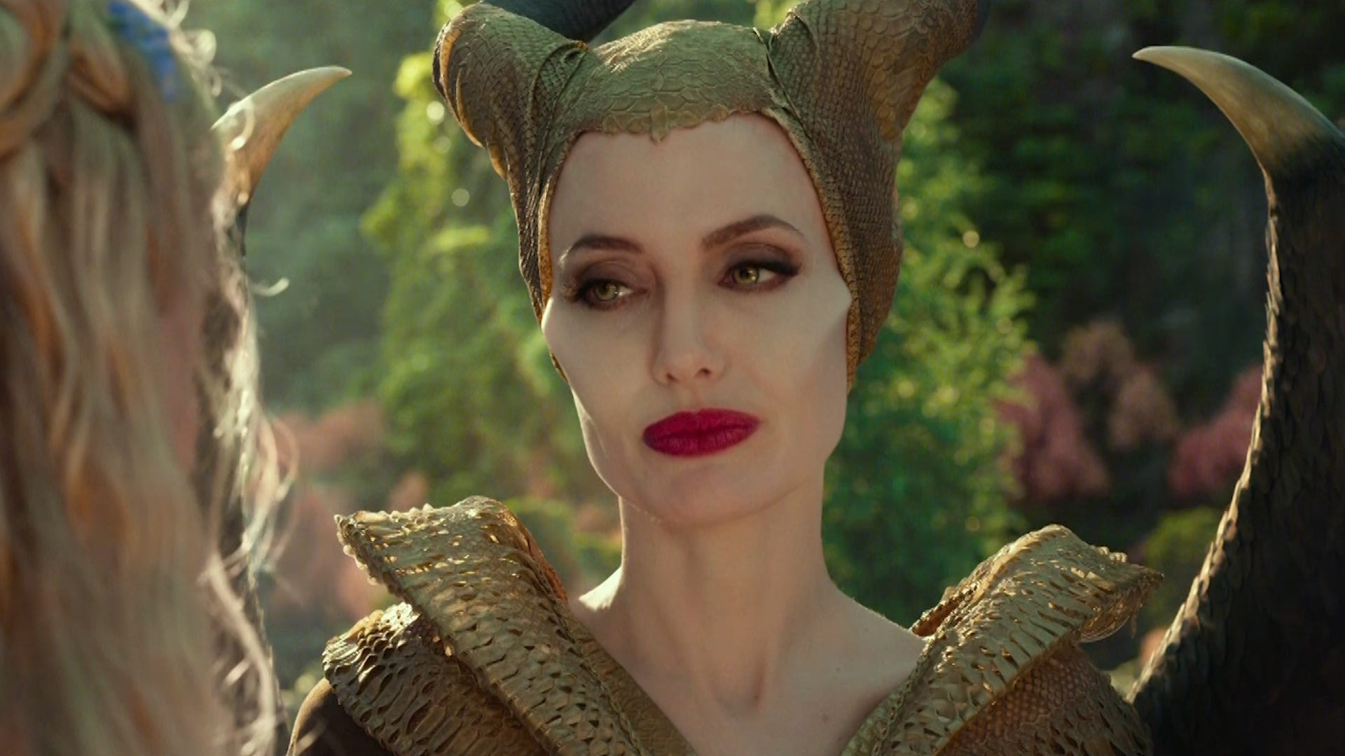 Maleficent 2 Angelina Jolie Apparently Evil In This Movie